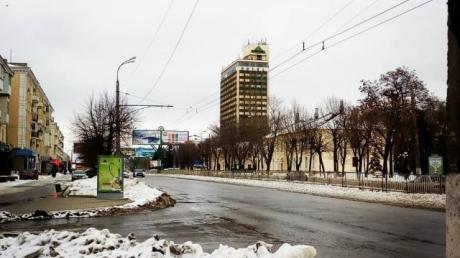 Родной и растерзанный город: соцсети поразили свежие фото из оккупированного Луганска – опубликованы кадры