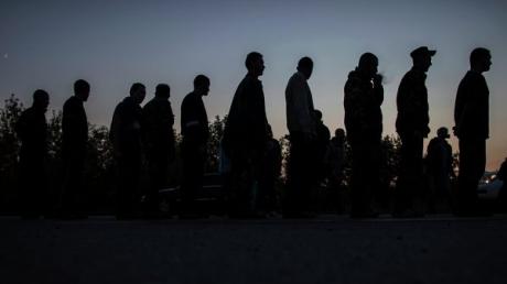 ДНР: Мы готовы менять пленных силовиков из Дебальцево на гражданских сторонников республики