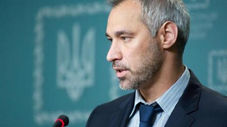 Источник пояснил, почему и кому выгодна отставка Рябошапки из Генпрокуратуры