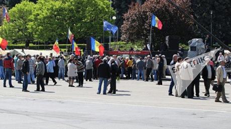 МВД поспособствовало проведению митинга в Кишиневе: правоохранители не мешают молдованам протестовать против правительства