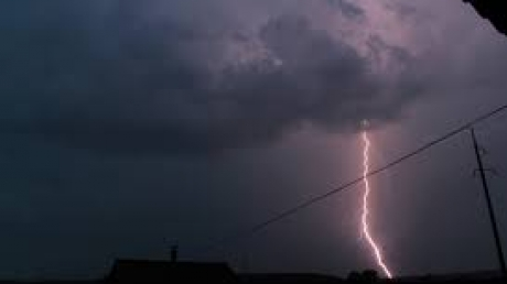 В Украине срочно объявлено штормовое предупреждение: регионы накроют мощные ливни, град и шквальный ветер