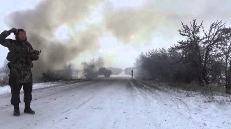 В ДНР не хотят срывать перемирие, но продолжают атаковать Дебальцево