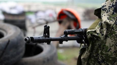 """В Донбассе боевики перебрасывают свои формирования ближе к позициям сил АТО, - """"ИС"""""""