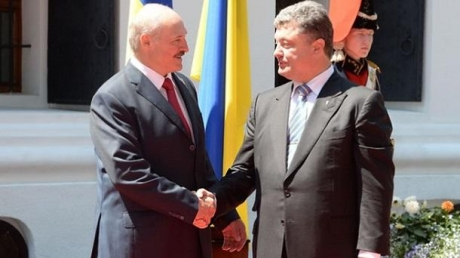 """В обход """"кремлевских границ"""": стало известно, зачем Лукашенко едет в Украину и хочет встретиться с Порошенко """"без свидетелей"""""""