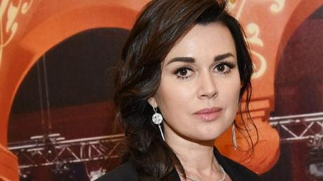 Заворотнюк пришла в сознание: источник сообщил срочные новости об актрисе