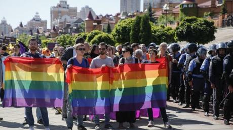 Беспрецедентные меры безопасности: Марш равенства в Киеве будет охранять столько же полицейских, сколько придет участников