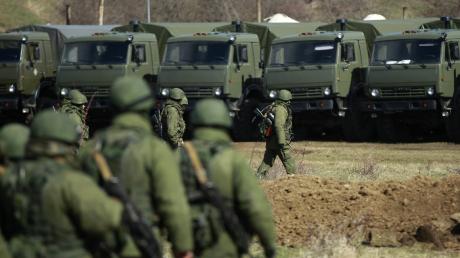 """Учения """"Кавказ - 2020"""": в разведке Украины сообщили, сколько сил стянет Россия к границе"""