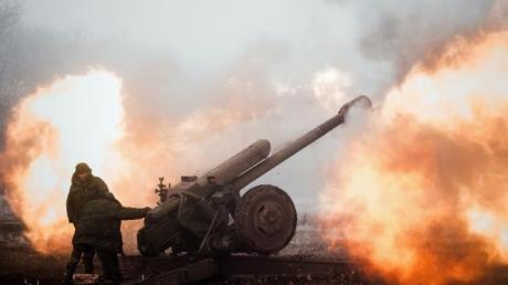 Подразделение российских военных на Донбассе накрыл огонь ВСУ: опубликовано видео разгрома россиян