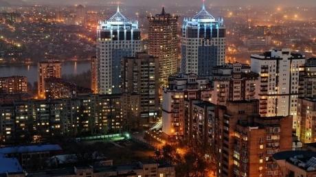 За 25 минут до полуночи в Донецке воцарила тишина