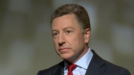 Тиллерсон уедет, а Уолкер будет в Киеве еще пару дней - Порошенко оставил спецпредставителя США по Украине в Киеве для решения важных вопросов по Донбассу