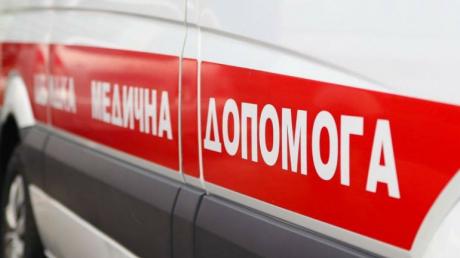 На медиков скорой во Львове совершено нападение: пьяные женщины и мужчины разбили медикаменты и оборудование
