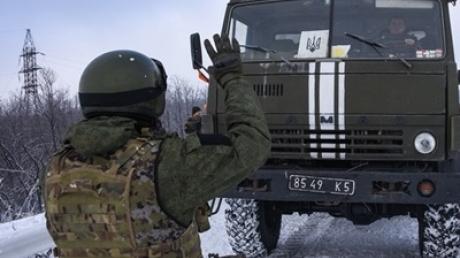 С завтрашнего дня Кабмин вводит пограничный режим с зоной АТО и Крымом