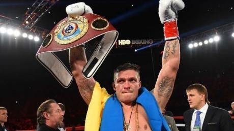 Неожиданно для всех: украинский боксер признан лучшим тяжеловесом на планете, и это не Кличко