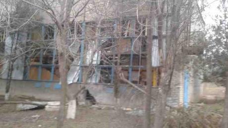 В Донецке в результате обстрелов смертельно ранена женщина, - администрация