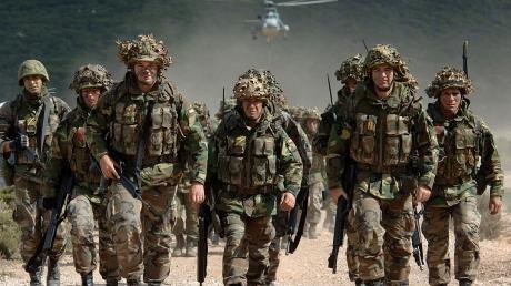 Жесткий ответ на агрессию и пропаганду РФ в Европе: страны НАТО готовы привести свои армии в полную боеготовность - генсек