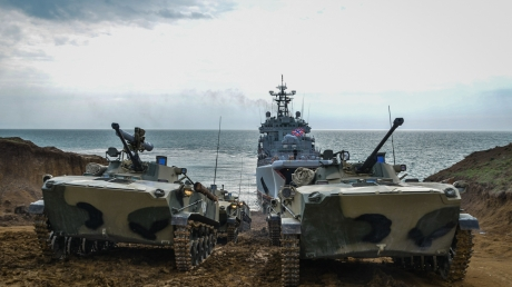 Россия стягивает военных и готовится к конфликту - названо место