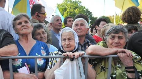 В ПФУ объяснили, почему часть украинцев осталась без повышенных пенсий