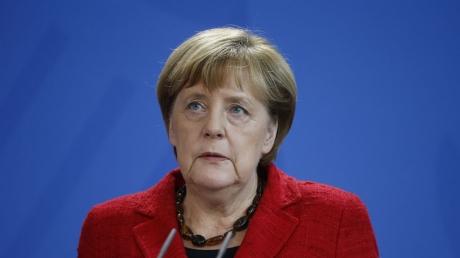 Внезапно: Меркель подвергла резкой критике решение США по расширению санкций против России