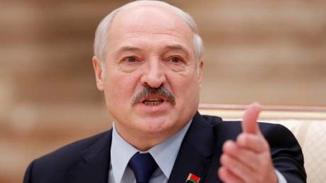 """Лукашенко выступил с тревожной речью и напугал """"заграничными кукловодами"""": """"Можем погибнуть как государство"""""""