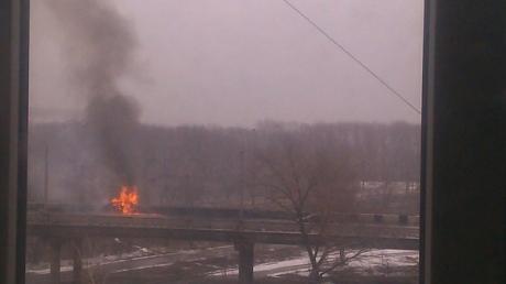 """В Донецке сегодня взорвали легковое авто. В домах """"вылетели"""" стекла, - очевидцы"""