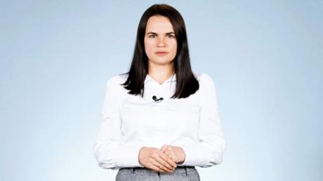 """Тихановская рассказала, зачем Лукашенко получает деньги от РФ: """"Очень остро стоит вопрос"""""""