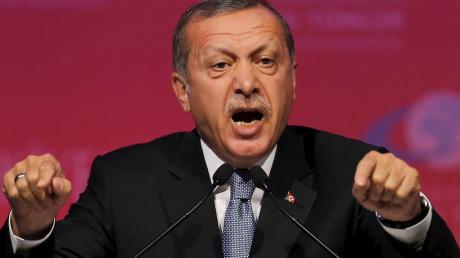 """""""Руководит этой войной"""", - Эрдоган публично обвинил Кремль, сделан еще один шаг к прямому столкновению"""