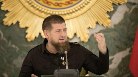 Кадыров впервые после слухов о заболевании COVID-19 появился на публике, кадры
