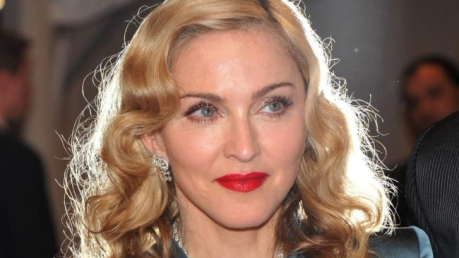 """Мадонна """"вляпалась"""" в неприятность из-за опубликованной информации о коронавирусе"""