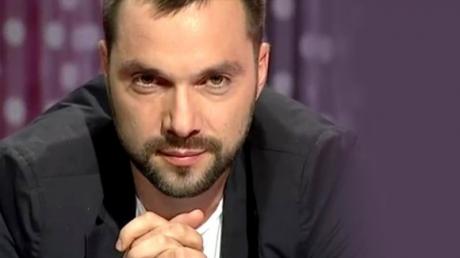 Арестович назвал фамилию следующего президента Украины - соцсети удивлены