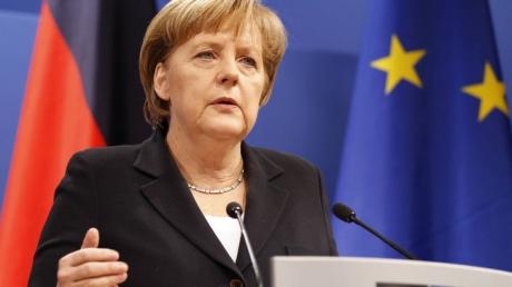 Меркель: ЕС введет новые санкции против России, если минские соглашения будут нарушены