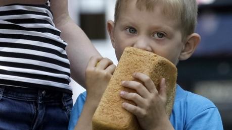 """""""В середине лета цена на помидоры, как на маленький самолет!"""" – жители оккупированного Донецка не могут прийти в себя от стоимости продуктов питания"""
