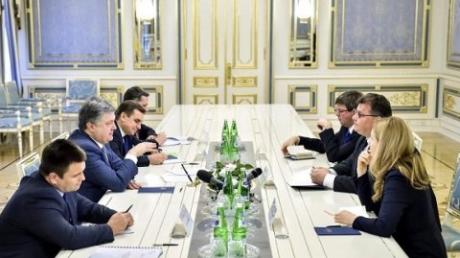 """Порошенко: Украина, Евросоюз и США скоординировали подготовку санкционного """"Списка Савченко"""""""
