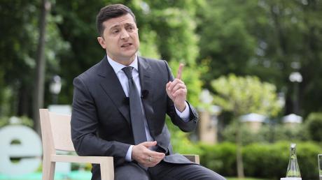 Зеленский, Президент, Второй срок, Оппоненты.
