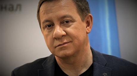 Айдер Муждабаев двумя словами описал скандал с майором Ковалевым и критикой Зеленского