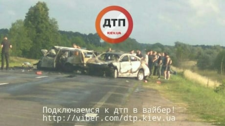 Страшное ДТП под Киевом: трое погибших, среди них - депутат областного совета