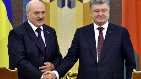 """""""Бацька"""" наносит молниеносный удар по России: Порошенко и Лукашенко будут вместе работать над новыми проектами, а товарооборот между Украиной и Беларусью вырастет на 5$ миллиардов - кадры"""