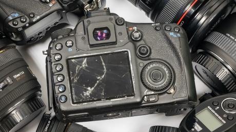 Запрещают показывать правду: в ООН сообщили о невероятном росте случаев нападения на украинских журналистов
