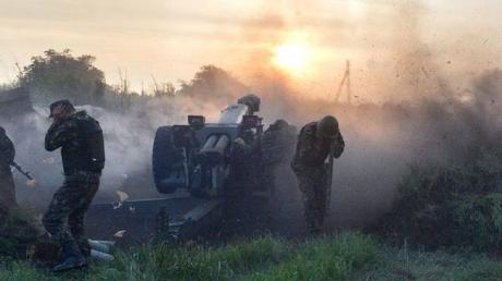 Неподалеку от Марьинки в Зеленом Гае террористы обстреляли группу ремонтной бригады газовиков – Жебривский
