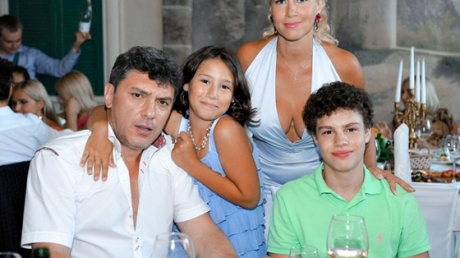 У Немцова осталось четверо детей