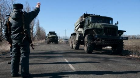 ДНР/ЛНР: Завтра полностью завершим отвод тяжелой техники