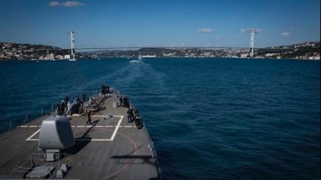 Американские корабли с ракетными установками уже в Черном море – кадры