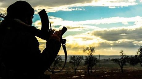 Террористы ИГИЛ сбили истребитель под Раккой, который мог принадлежать России