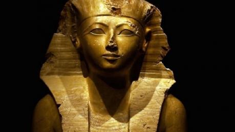 Археологи обнаружили редкие портреты египетской царицы Хатшепсут – кадры