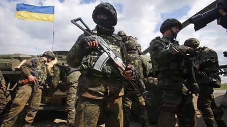 Сводки АТО: российско-террористические войска совершили 64 обстрела позиций ВСУ