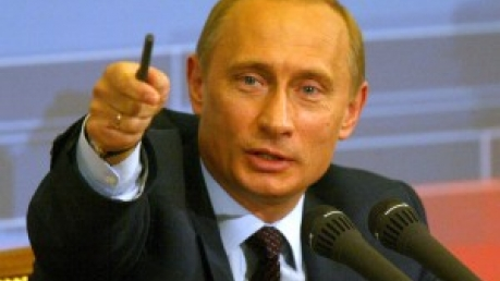 Путин: Россия не ведет никакой войны, а мир пытается сдержать развитие России