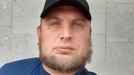 """Ветеран АТО был готов """"растерзать"""" поклонника """"ДНР"""", но вступились соседки - нашумевшие кадры"""