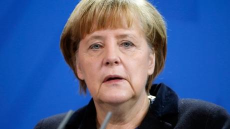 Меркель: имплементация минских договоренностей в Донбассе происходит медленно