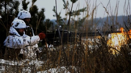 Донбасс в огне: оккупанты выкатили на передовую БМП и ракетные комплексы и поплатились, считают потери