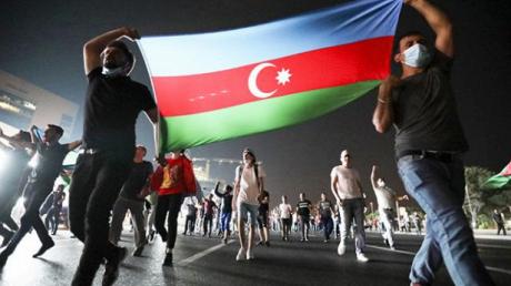 """В Израиле армяне и азербайджанцы пошли """"стенка на стенку"""": драка попала на видео"""