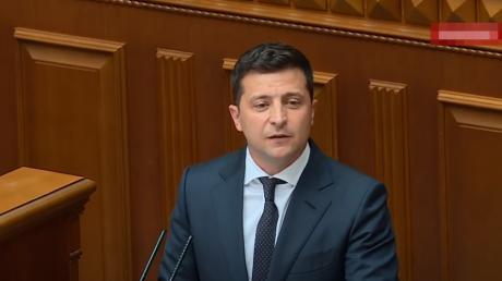 Зеленский в Раде заявил о российской агрессии и обратился к нардепам
